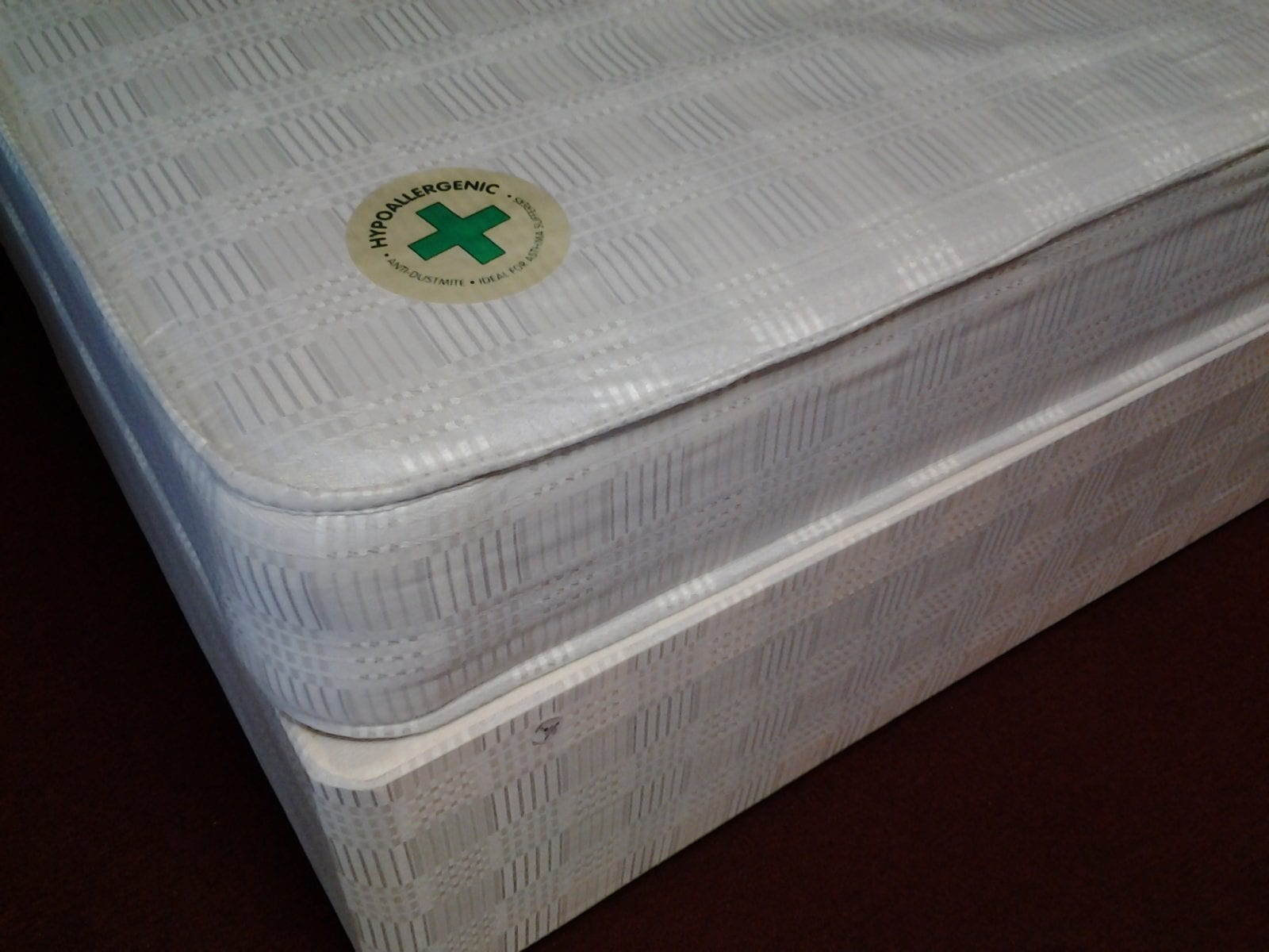 Luf classic divan bed mattress let us furnish for Divan vintage