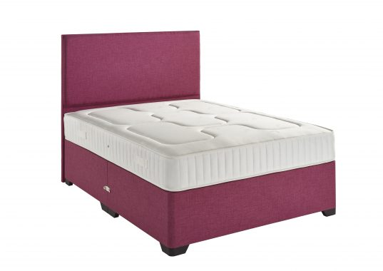 royal damsk bed